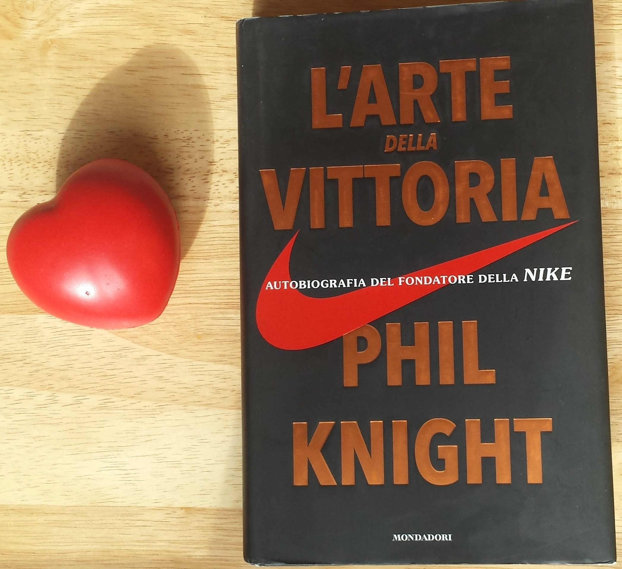 libro fondatore nike