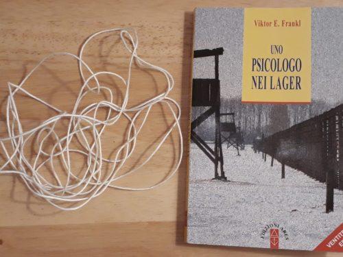 """""""Uno psicologo nei lager"""" di Viktor E. Frankl dovremmo leggerlo tutti"""