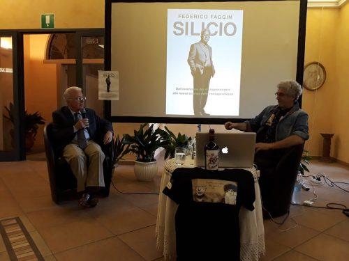 """""""Silicio"""" storia di Federico Faggin, dalla pratica alla consapevolezza"""